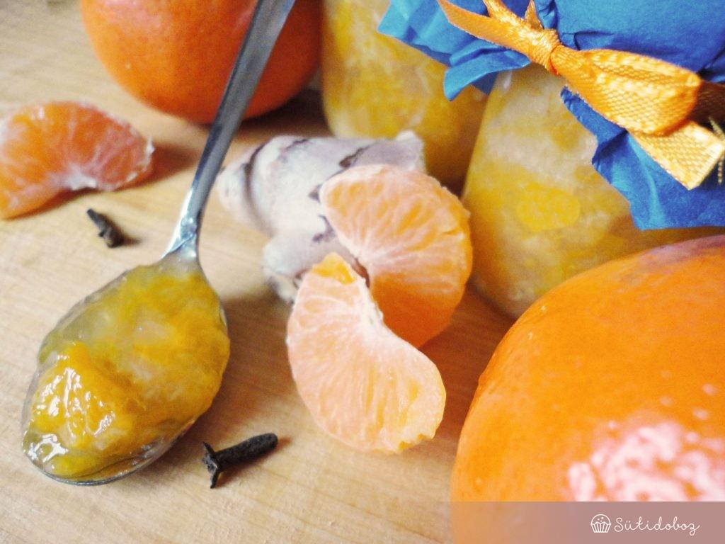 Klementin dzsem gyömbérrel és szegfüszeggel