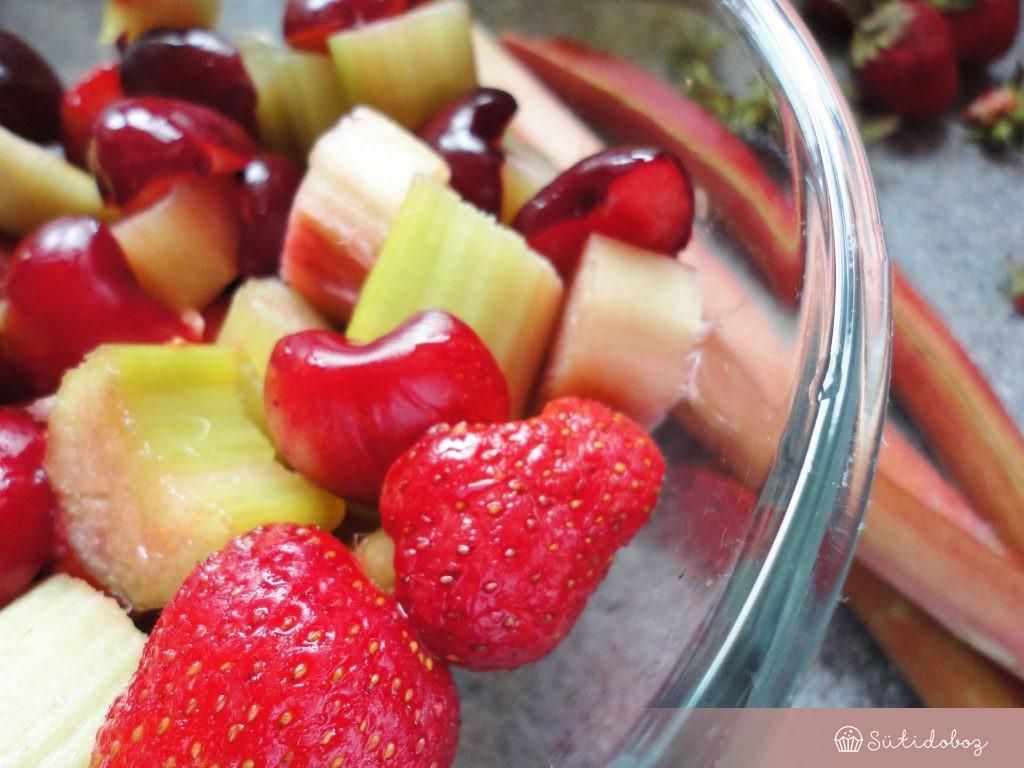 eper-rebarbara-cseresznye