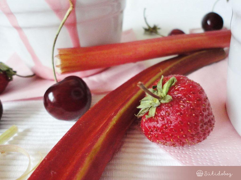 Eper&rebarbara&cseresznye