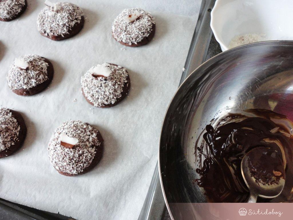 Csokis kókuszos keksz
