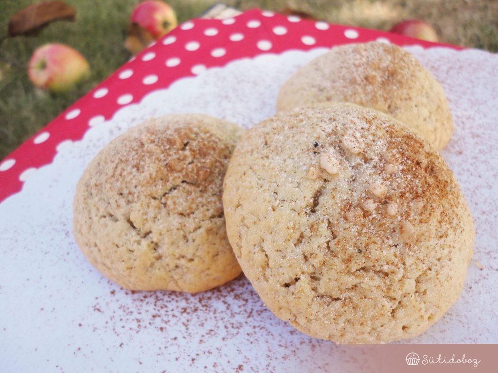 Fahéjas-almás keksz