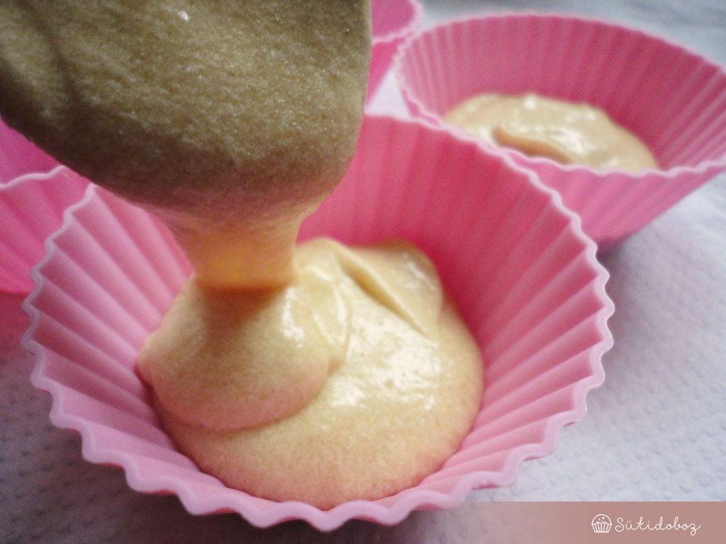 Készül a cupcake