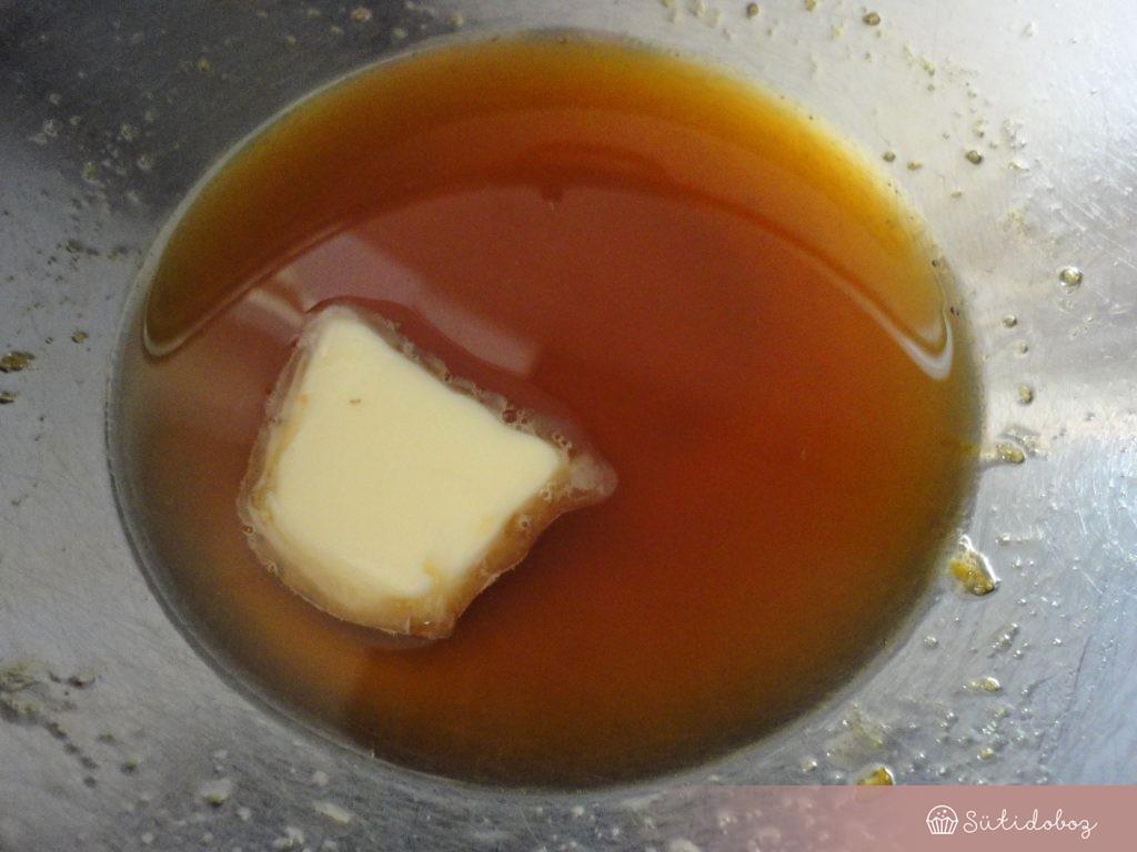 készül a lemon curd