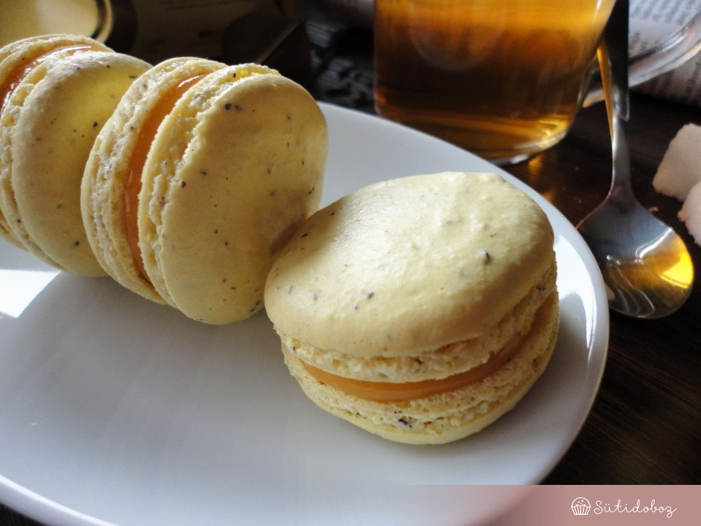 Earl Grey macaron