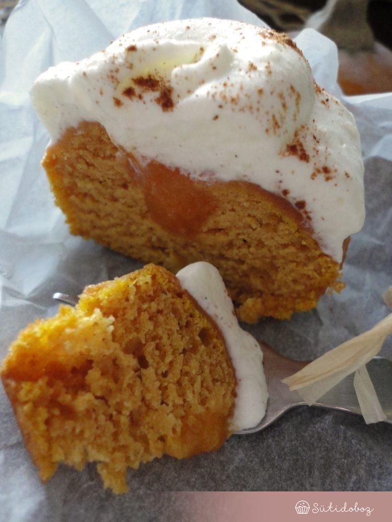 Narancsos-sütőtökös cupcake