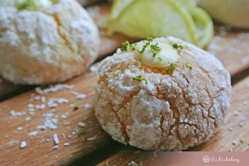 Kókuszos-lime-os crinkle cookie