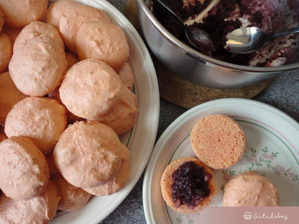 Forraltboros macaron összeállítása