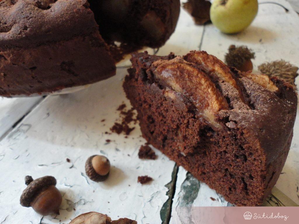 Fűszeres-körtés csokitorta