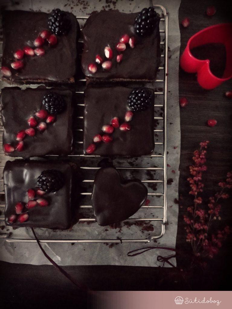 Csokis süti vörösboros mázzal