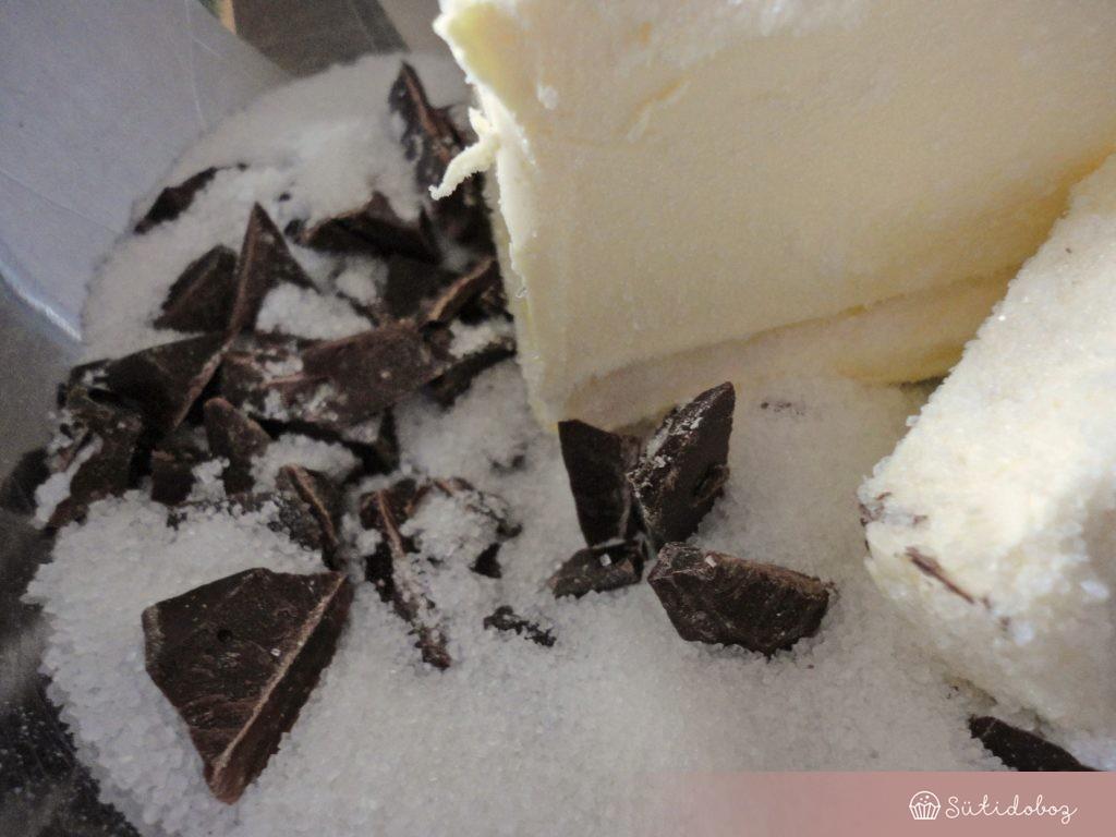 Csoki olvasztása a sütihez
