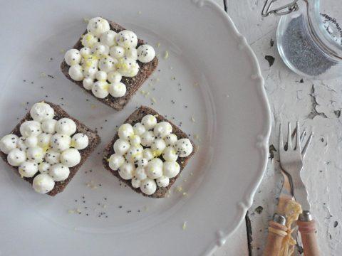 Gluténmentes citromos-mákos süti
