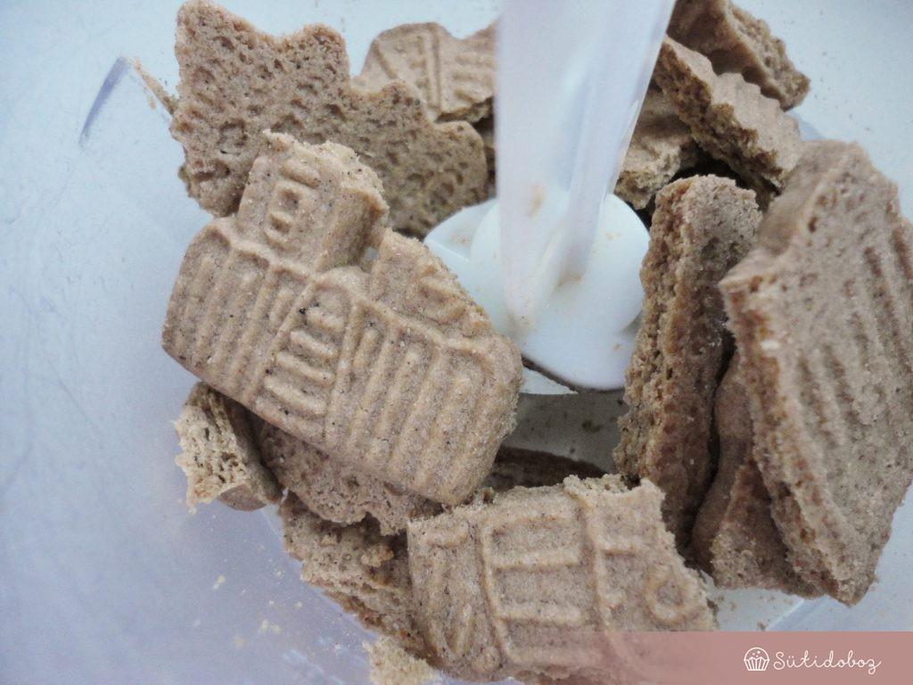Spekulatius keksz a sütés nélküli sajttorta aljához