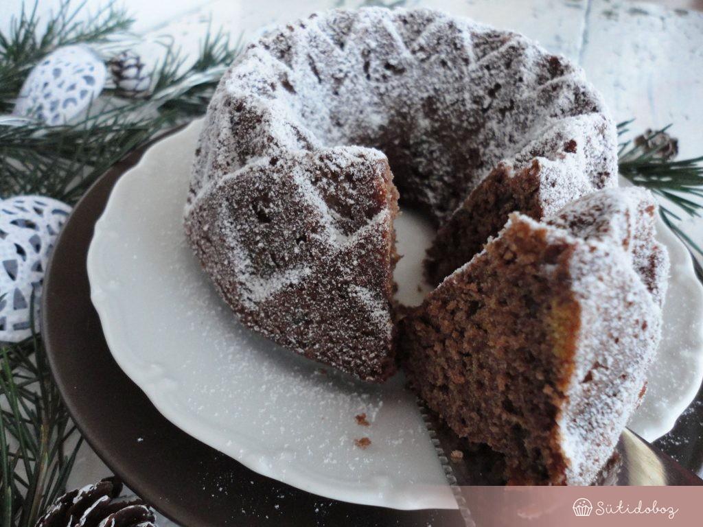 Forralt boros-csokis kuglóf
