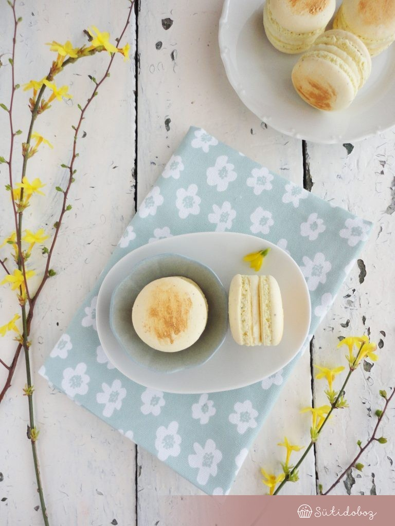 Mangós-jázminos macaron