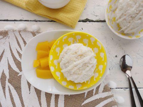 Ragacsos rizs mangóval